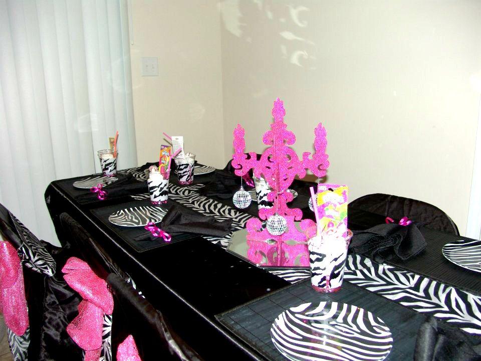 Zebra Party Table Decorations Ideas