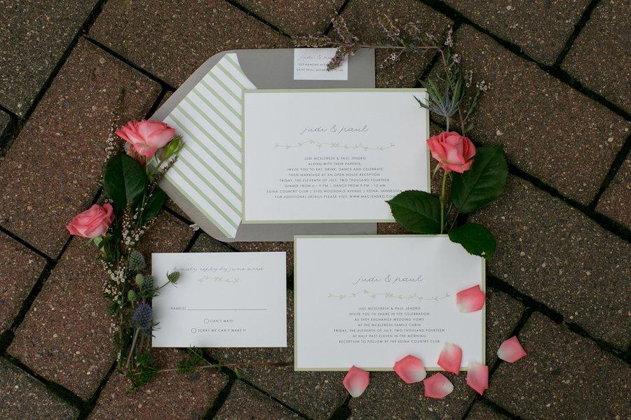Country Chic Wedding Invitation Idea