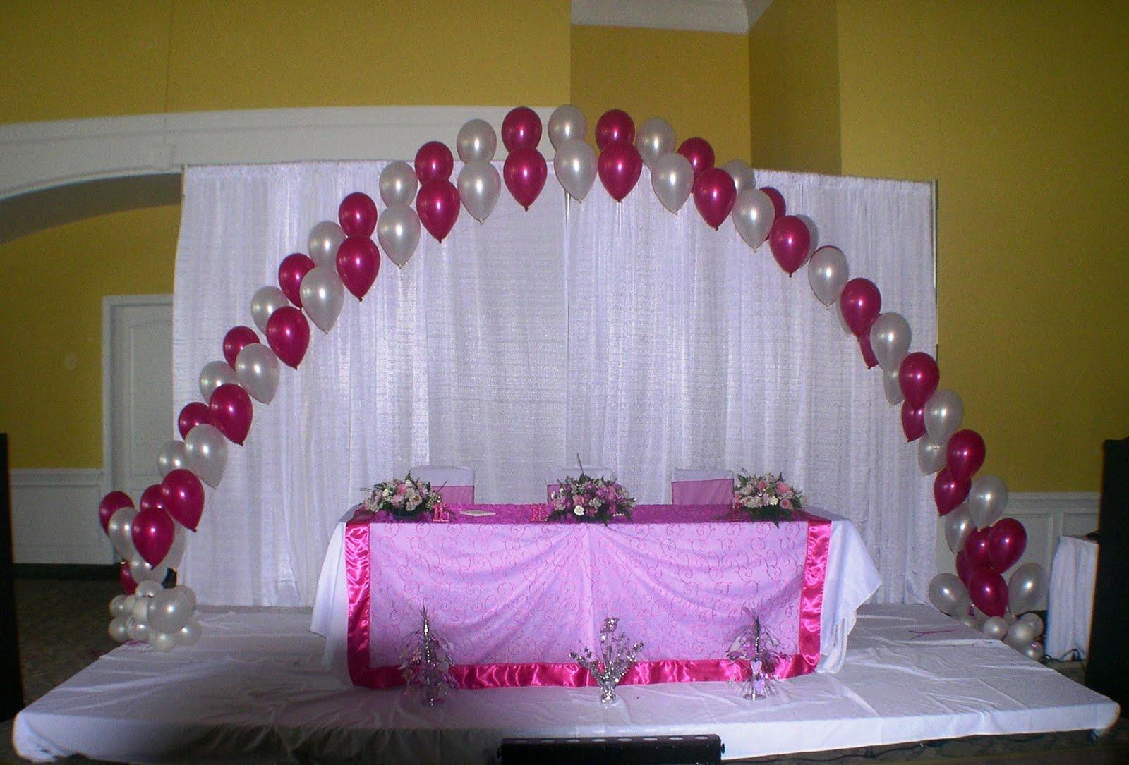 Head Table For Sweet Sixteen