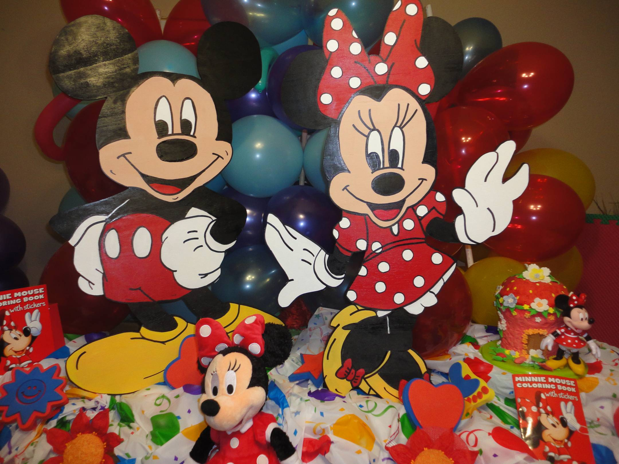 Homemade Mickey Mouse Clubhouse Decorations