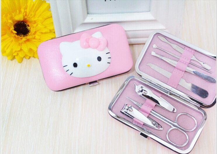 Hello Kitty Manicure Pedicure Invitations